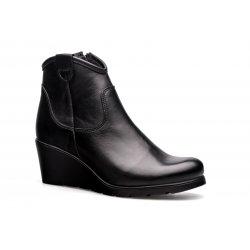 Damskie ciepłe botki na koturnie czarne